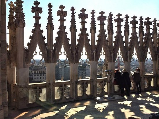 """Duomo Rooftops : """"Вон, Малыш, за тобой пожарники карабкаются..."""""""