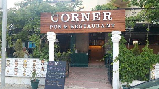 Corner Restaurant & Pub