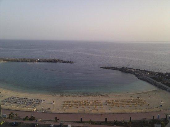 Gloria Palace Amadores Thalasso & Hotel : vista desde la piscina