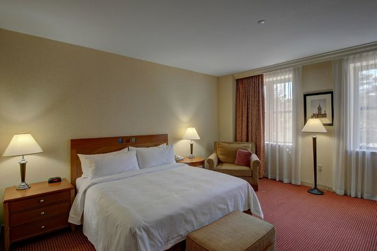 Southbridge Hotel And Conference Center : King Room