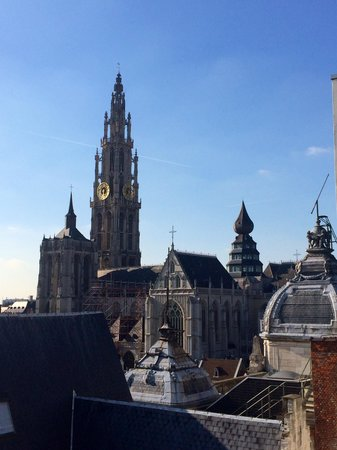 Hilton Antwerp Old Town : Beautiful views from the roof terrace