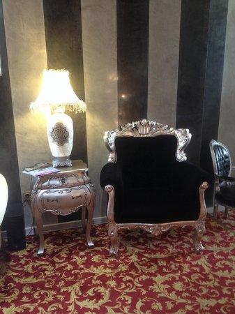 Hotel Palace Sevilla: Muy chic