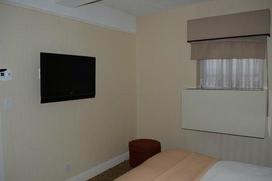 San Carlos Hotel: Tv en habitación
