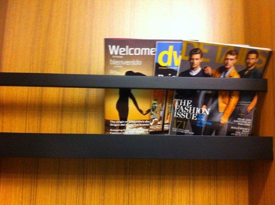 Aloft Miami Doral: revistas