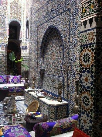 Riad Rcif : hotel interior