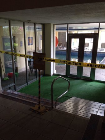 Ixtapan de la Sal Marriott Hotel, Spa & Convention Center : Alberca techada cerrada