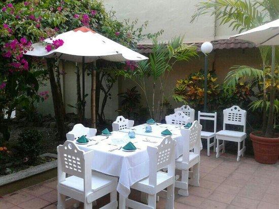 Hotel Vela Bar: terraza del restaurante