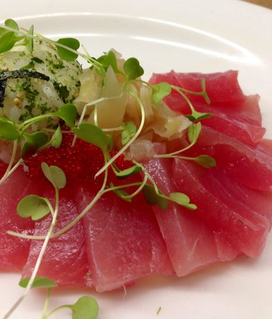 Harbor Bistro: Tuna Sashimi