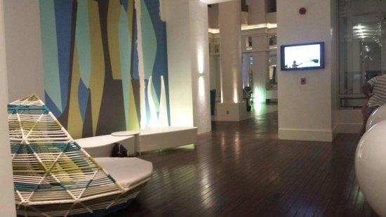 Movenpick Hotel Mactan Island Cebu: The seats by reception area