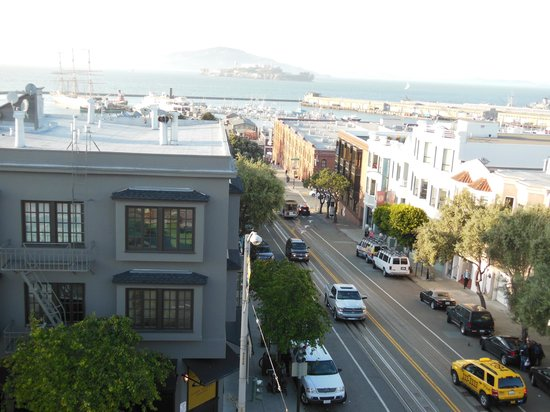 Suites at Fisherman's Wharf: The view from the roof.