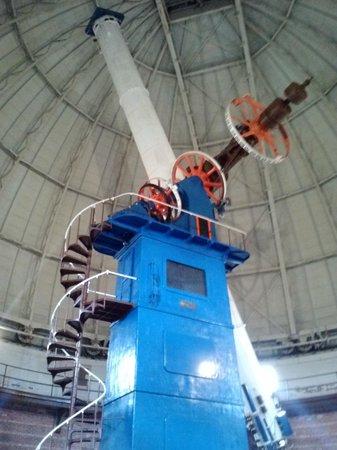 Yerkes Observatory : The telescope