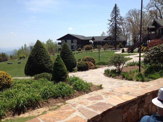 Switzerland Inn: Looking back at property