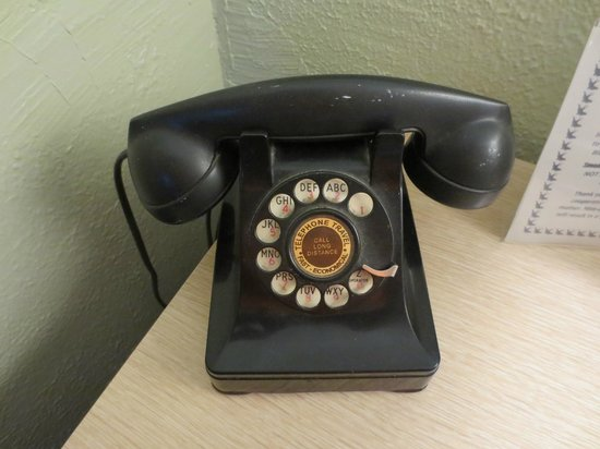 Blue Swallow Motel: A real rotary telephone that works!