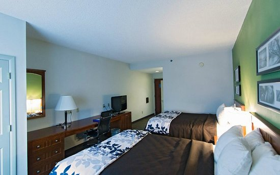 Sleep Inn & Suites: Standard room with two Queen Beds_renovated