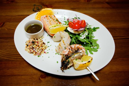 Aio Restaurant: Chargrilled fish skewer