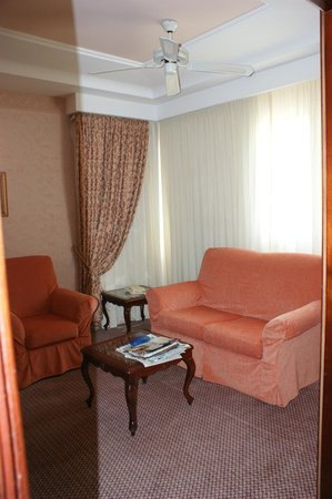 Hotel Riu Palace Madeira: The sitting room