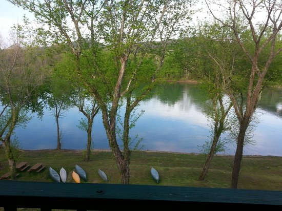 Angler's White River Resort: White River from balcony