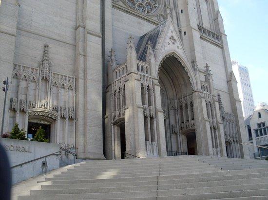 Nob Hill : Grace Catedral