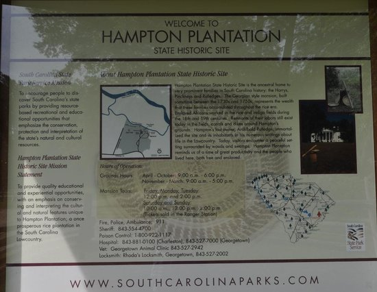 Hampton Plantation State Historic Site: orientation sign