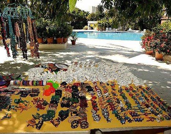 Hotel Villas Paraiso : Venta de artesanias