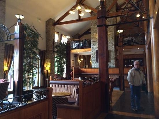 Mill Park Hotel: lobby