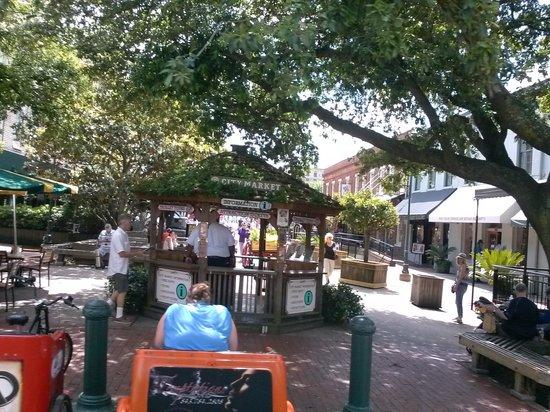 Old Savannah Tours: City Market.