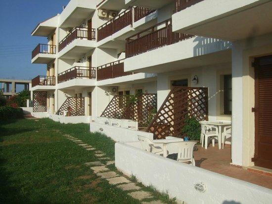 Elpida Village: Balconies with sea view