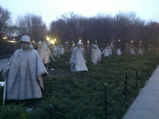 Korean War Veterans Memorial: Frente dos soldados