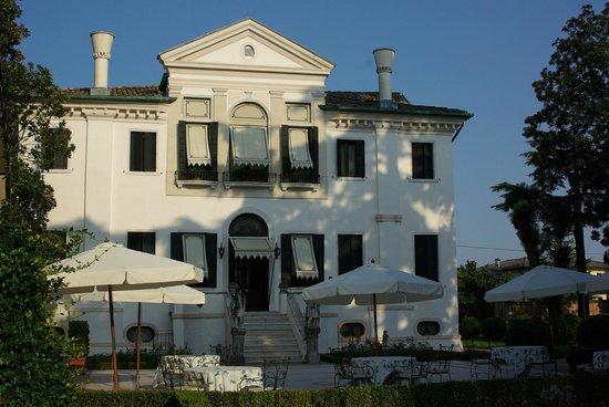 Hotel Villa Franceschi : Nebengebäude
