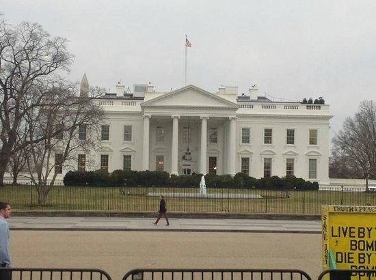 White House: De Frente
