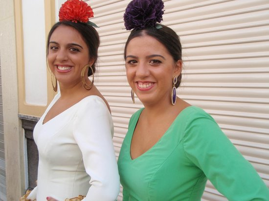 Baraka Boutique Pension: Women dressed for the Sept. bullfights/festival