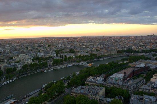 Tour Eiffel : La vista desde el 2do piso