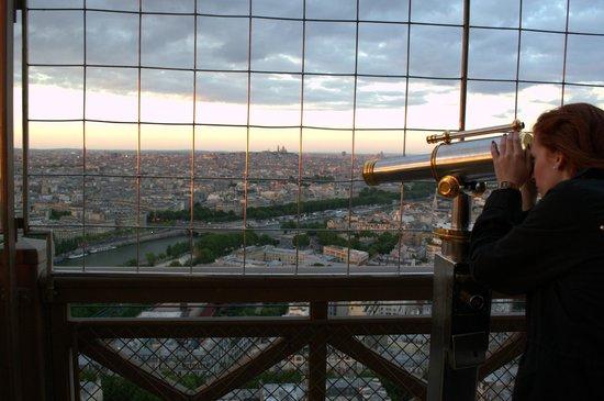 Tour Eiffel : 1 euro por ver en catalejo