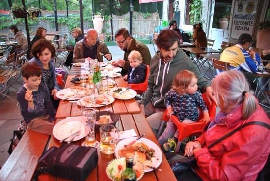 Masaniello: Familienessen