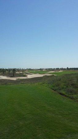 Saadiyat Beach Golf Club: Fantastico