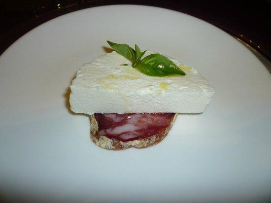 Pompei Resort: amuse-bouche (free welcome appetizer)