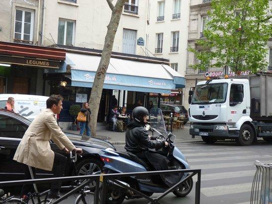 Nasty Bed - Picture Of Tingis Hotel  Paris