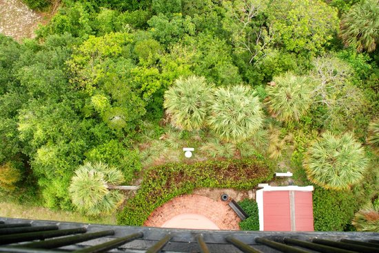 Jupiter Inlet Lighthouse & Museum: Straight down