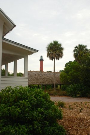 Jupiter Inlet Lighthouse & Museum: View from inside the gounds near one of the buildings