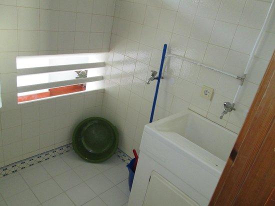 Hotel Almar: Utility Room