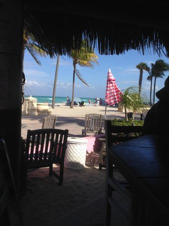 WalkAbout Beach Resort: View from the Tiki Bar
