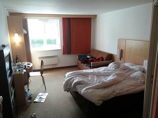 Ibis Dublin: room2
