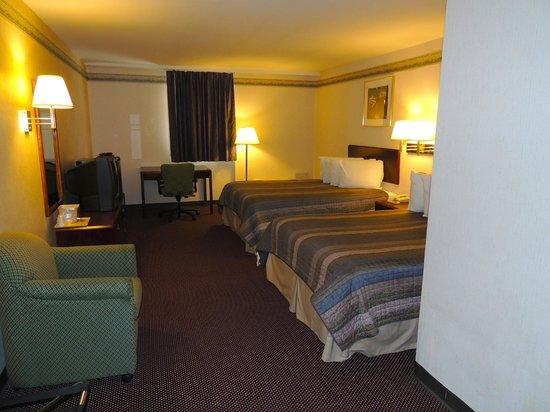 Photo of Budget Host Inn & Suites Lancaster