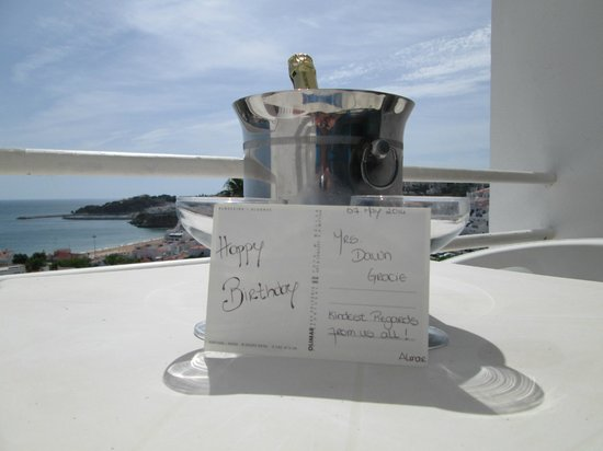 Hotel Almar : Birthday Bubbly Courtesy of the Almar
