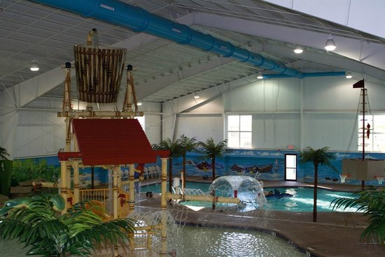 Caribbean Indoor Water Park Picture Of Budget Host Inn