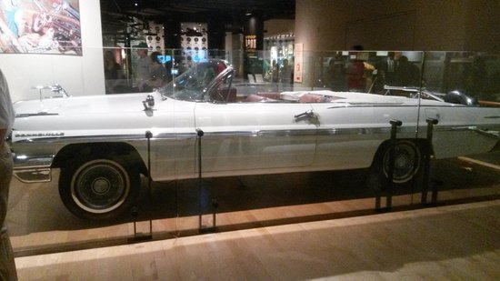 Country Music Hall of Fame and Museum : Webb Pierce's car