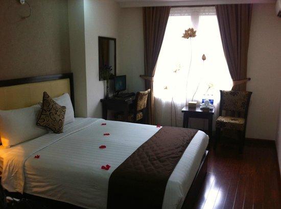 Hanoi Serene Hotel: Bedroom