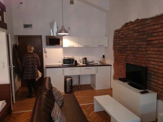 Fresh Apartments : Zimmer vom Fenster aus