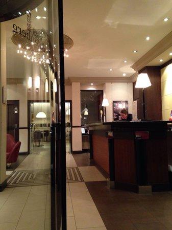 Hotel Gutenberg : Hall de l'hôtel