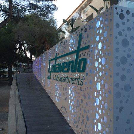 Sotavento Apartments: Front